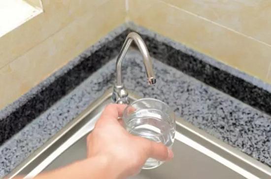 健康也能喝出来?美的净水器争做健康达人