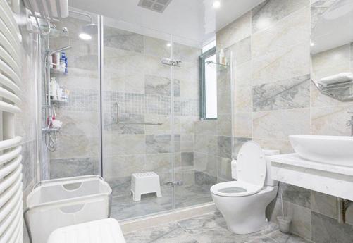 防水层施工不到位,我家洗澡邻居漏水