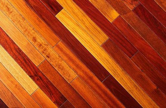 树立良好品牌形象 助木地板企业走出困境