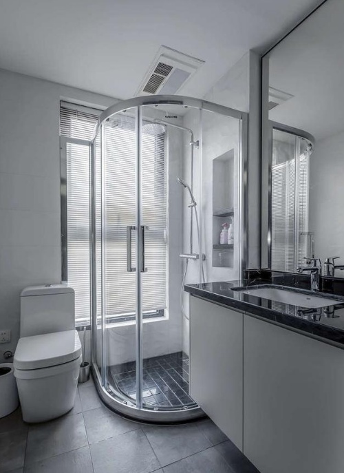卫生间装修想安装淋浴房,如何选择是关键,小心别挑花眼