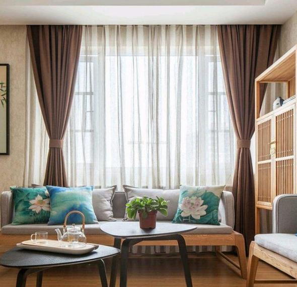 一个窗帘几块布,这些都不懂难怪被坑,设计师说这样买窗帘才便宜