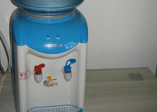 呵护全家饮水健康的,智能饮水机,喝水也要喝出健康来