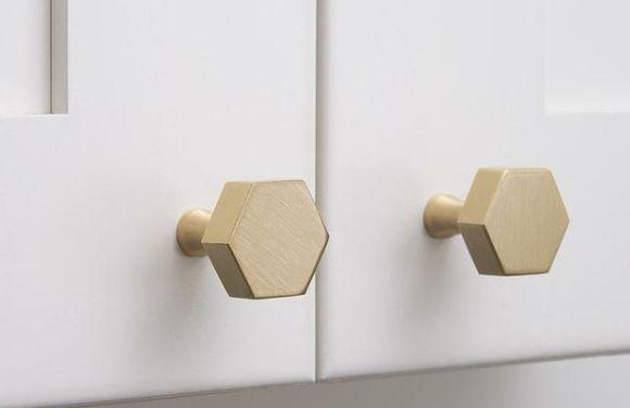 在安装橱柜过程中,相信很多人都有过这样的烦恼!
